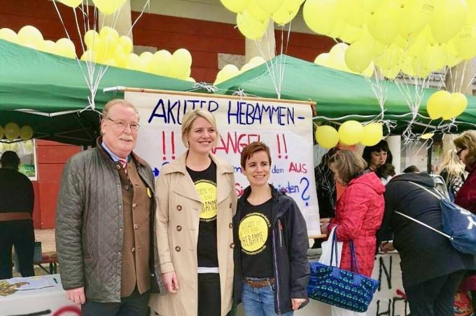 Besuch beim Aktionstag der Hebammen