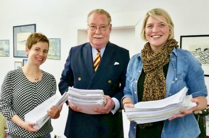 Regensburger Hebammen bitten Graf Lerchenfeld um Hilfe und übergeben mehr als 1.500 Unterschriften